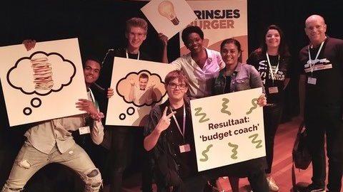 Speaking Minds pitchen tijdens Prinsjesburgerdag